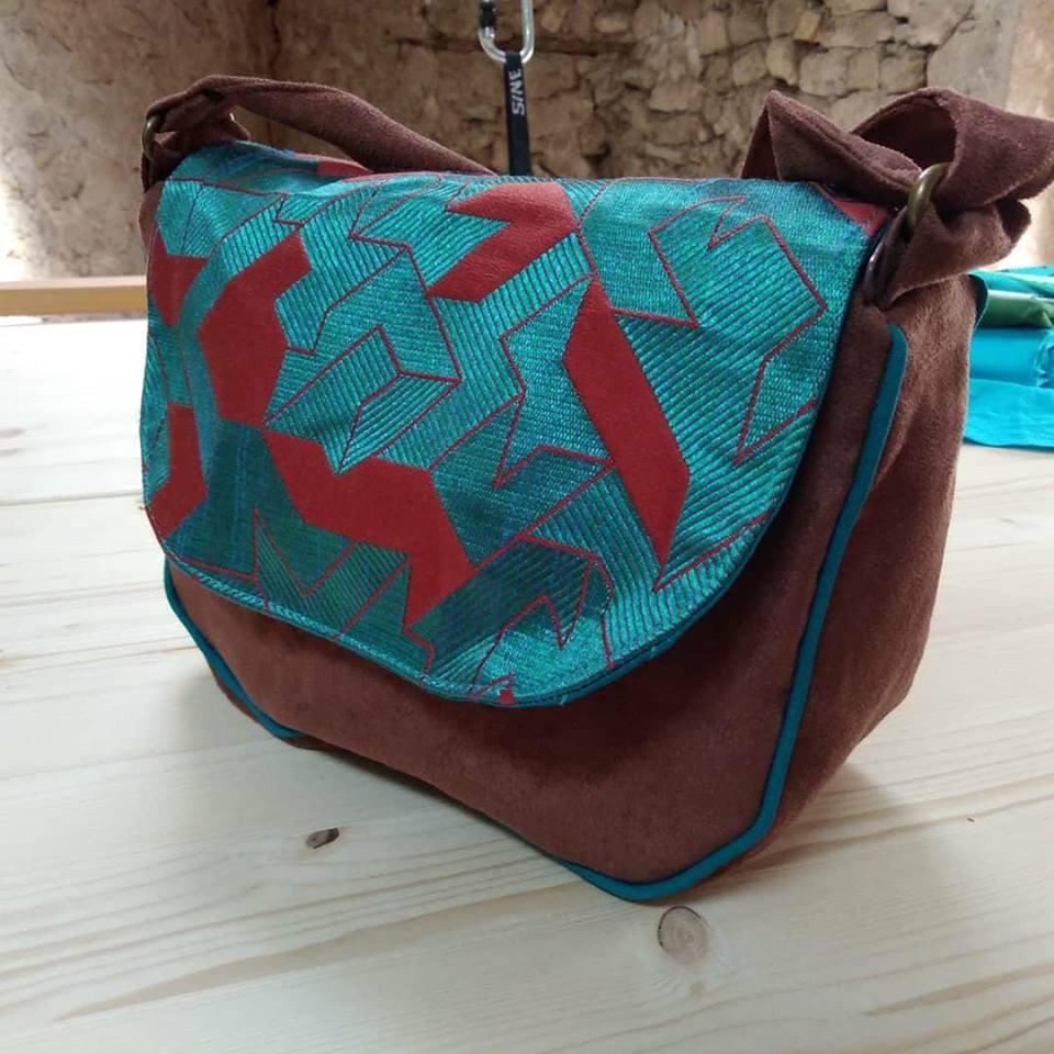 sac bonbon marron et bleu metallisé