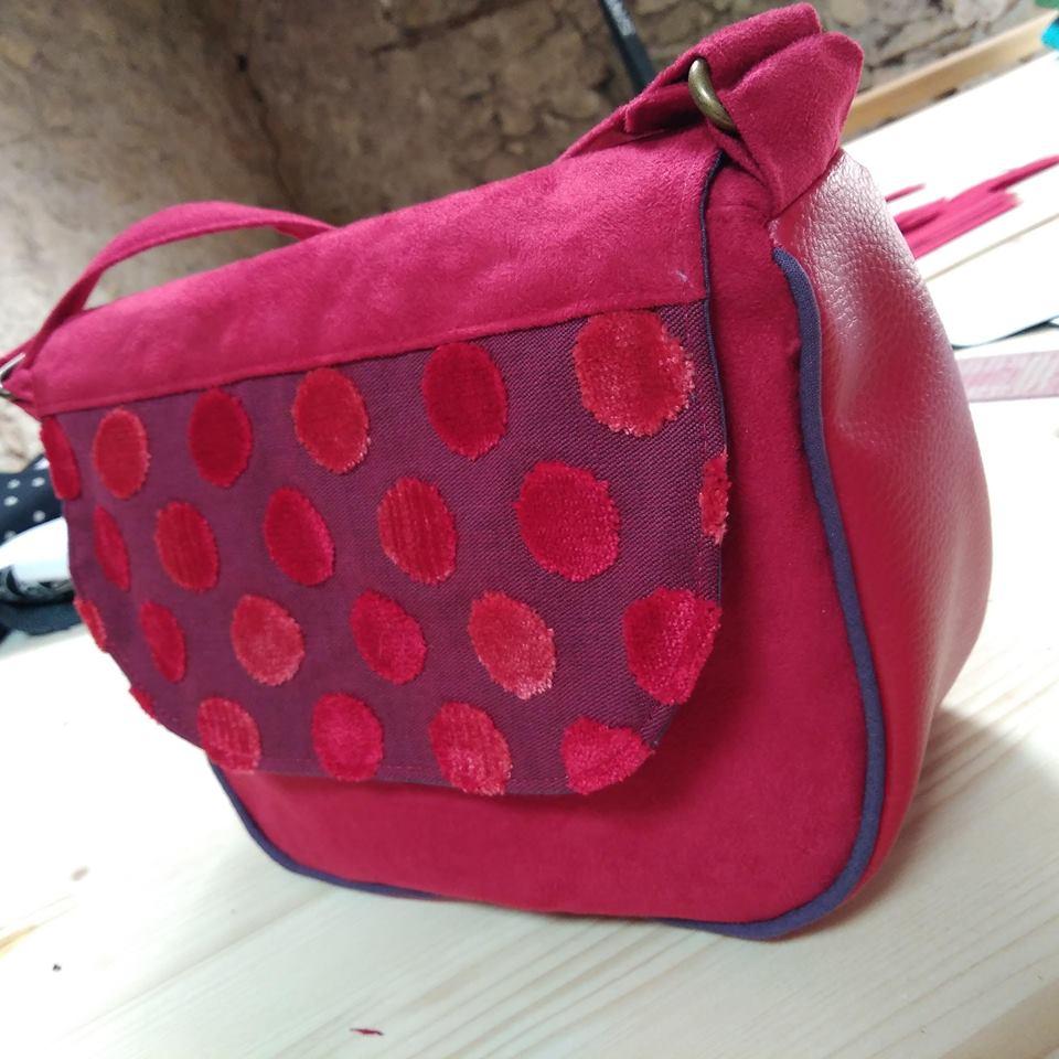 sac bonbon rose à pois velours